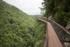 Canionul Okatse pe pasarela
