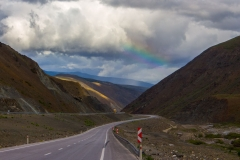 Sosele-la-peste-2000-metri-altitudine-si-curcubeul-de-dupa-ploaie